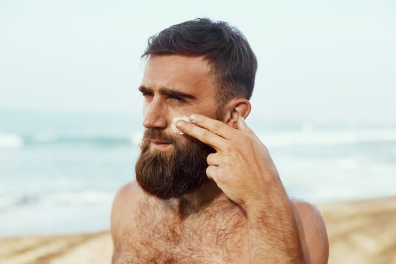 To Oil the Beard Before or After Applying Sunscreen